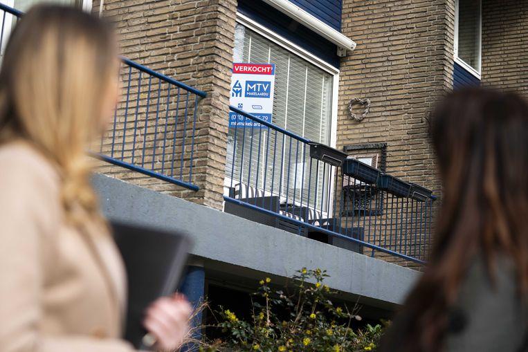 Ook deze woning is al verkocht. De krapte op de huizenmarkt neemt steeds verder toe. Beeld ANP