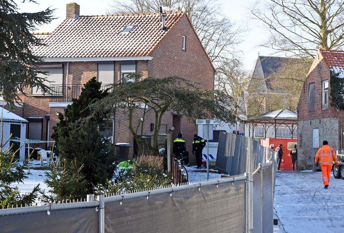 Politie-onderzoek in het huis in Aardenburg.