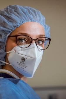 Geen rode oren meer voor verpleegkundige Brenda dankzij de 3D-techniek