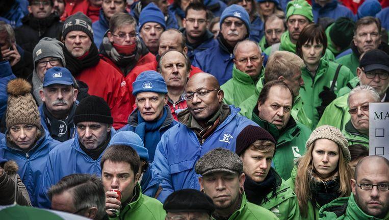 Protest tegen de pensioenhervormingen van minister Bacquelaine in januari vorig jaar. Beeld Eric De Mildt