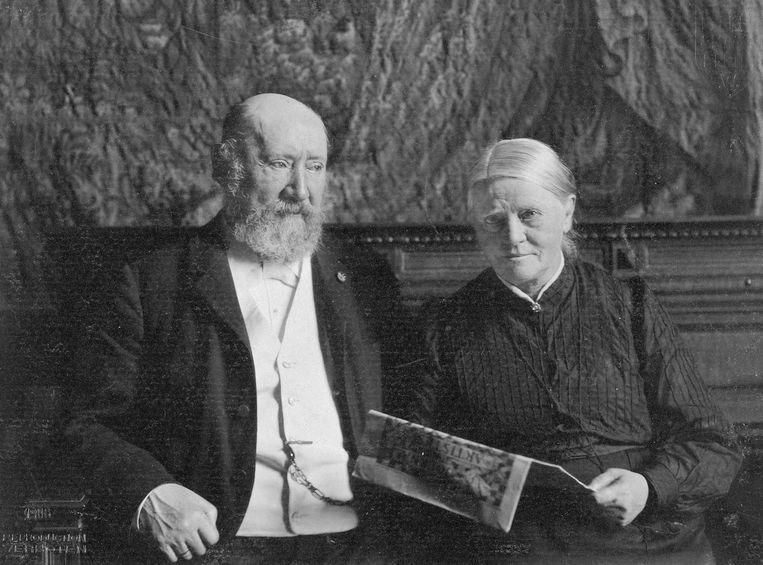 Hendrik Willem en Sientje Mesdag in 1905. Beeld publiek domein creative commons