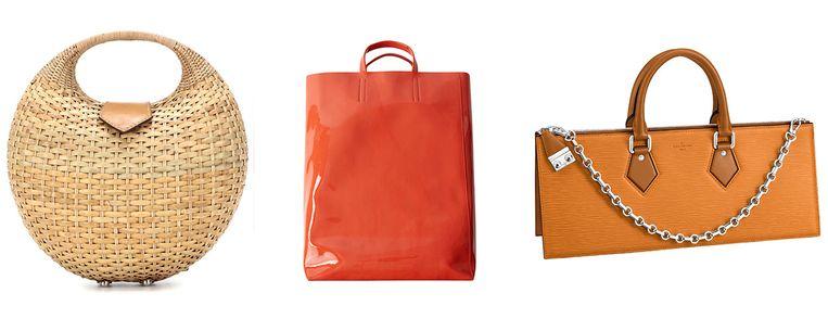 Rieten mand van Kayu € 200 Rode lakleren tas van Acne Studios € 500  Oranje langwerpig van Louis Vuitton € 1980 Beeld