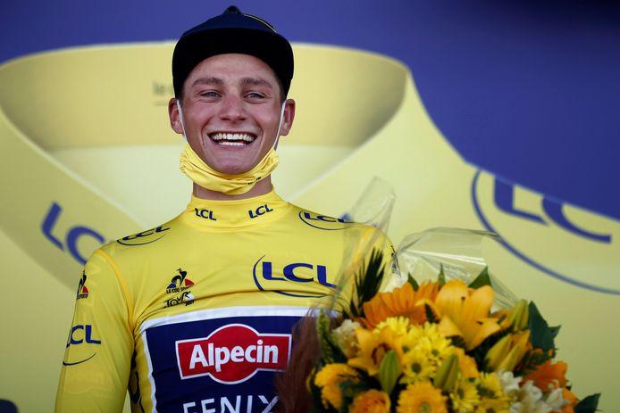 A proud Mathieu van der Poel in the yellow jersey.