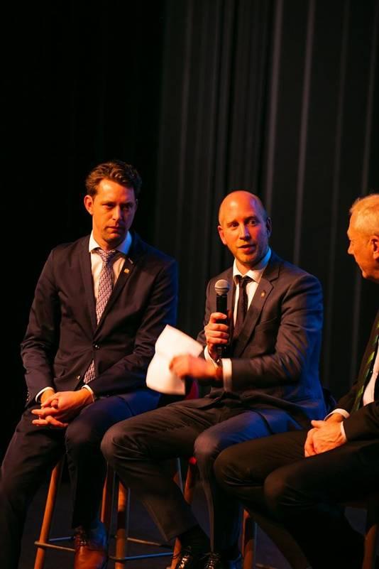 Q&A met producent Bas Bakker (l) en regisseur Jelmar Hoekstra. Rechts voormalig TRIS-militair Ad van Wingerden.