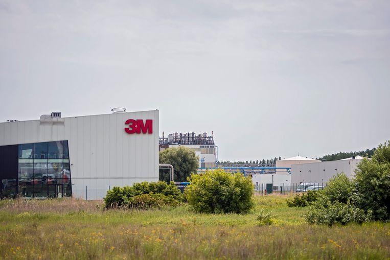 De 3M-fabriek in Zwijndrecht. Beeld Photo News