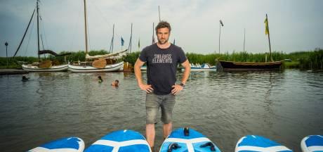 Duitse surfschoolhouder in Elburg ziet zomer in water vallen door Nederlandse besmettingsexplosie