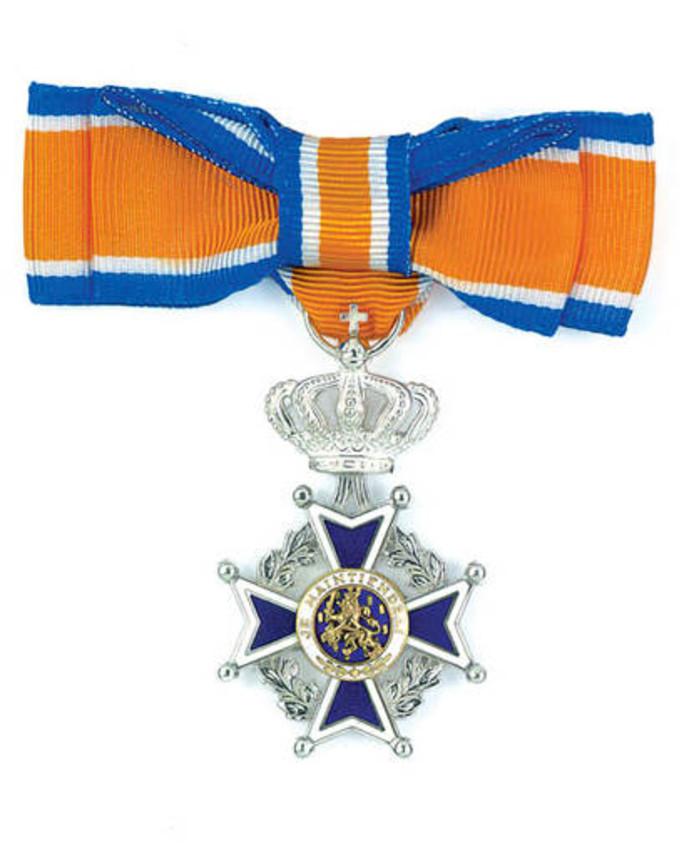 Koninklijke onderscheiding Lid in de Orde van Oranje-Nassau.