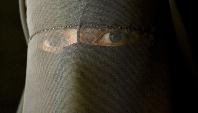 Close-up van een vrouw in een boerka.