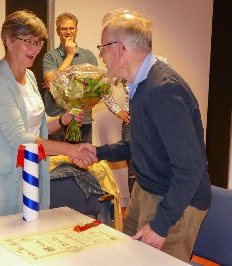 Jan Hendriks benoemd tot Erelid van Weurtse fanfare NAG