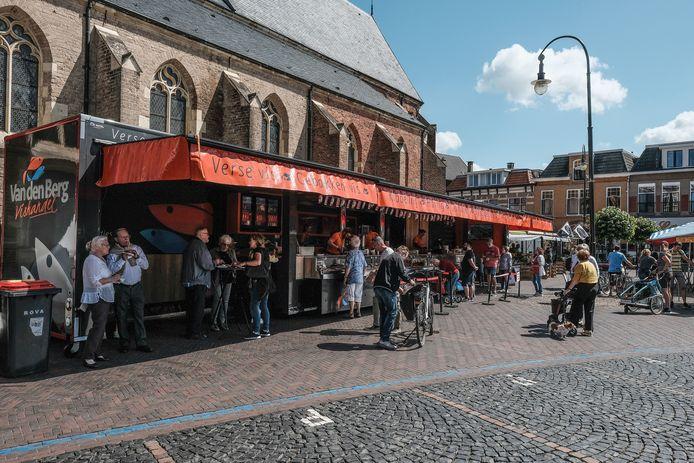 Nu Nederland weer als risicogebied is aangemerkt door de Duitse overheid, blijven veel oosterburen weg op de markt in Winterswijk.