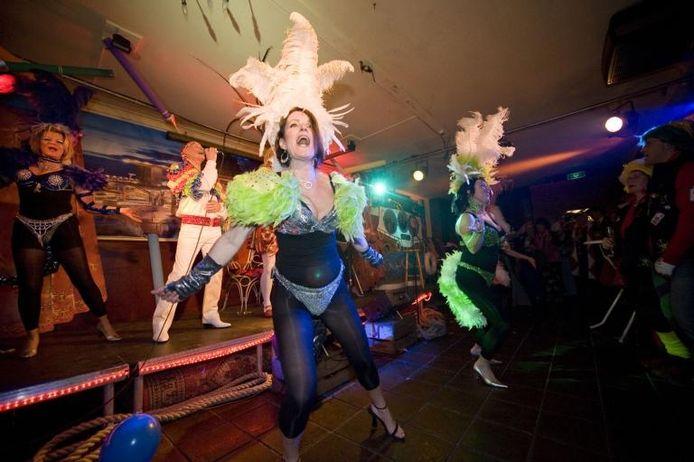 Het optreden van Rossa Nova in het Verkadehuis is éénmalig: 'We gaan niet dansen met rollators.' foto Tonny Presser/het fotoburo ;Het optreden van Rossa Nova in het Verkadehuis is éénmalig: 'We gaan niet dansen met rollators.' foto Tonny Presser/het fotoburo