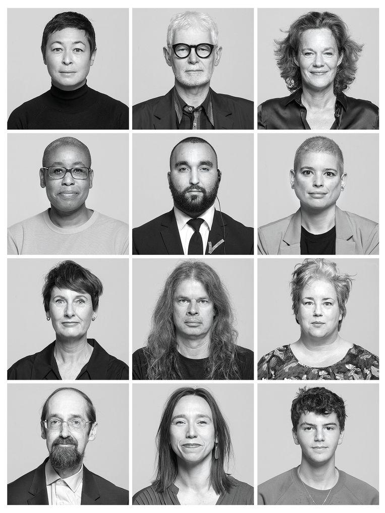 Medewerkers Stedelijk Museum. Museumkwartier, donderdagochtend Beeld Koppen 20200919