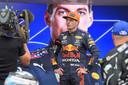 Max Verstappen vertrekt in Frankrijk vanaf pole position.