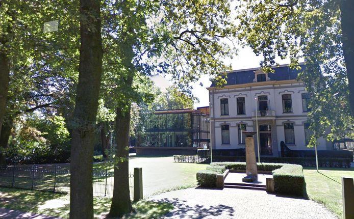 Het gemeentehuis van Brummen.