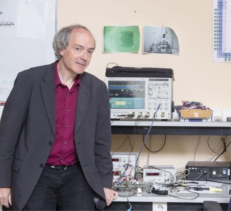Professor Bart Preneel: 'Als we alles steeds meer digitaal maken en niet voldoende in veiligheid investeren, is het een kwestie van tijd voor er iets eens écht iets grondig misloopt.' Beeld