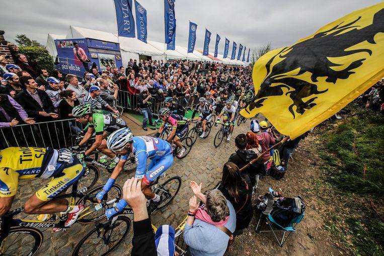 De Kwaremont tijdens de Ronde van Vlaanderen.