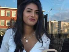 Annahita (22) krijgt duizenden reacties nadat ze als enige op vlucht naar VS wordt geweigerd