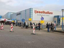 Vaccinatielocatie IJsselhallen in Zwolle per direct gesloten 'tot het weer veilig is'