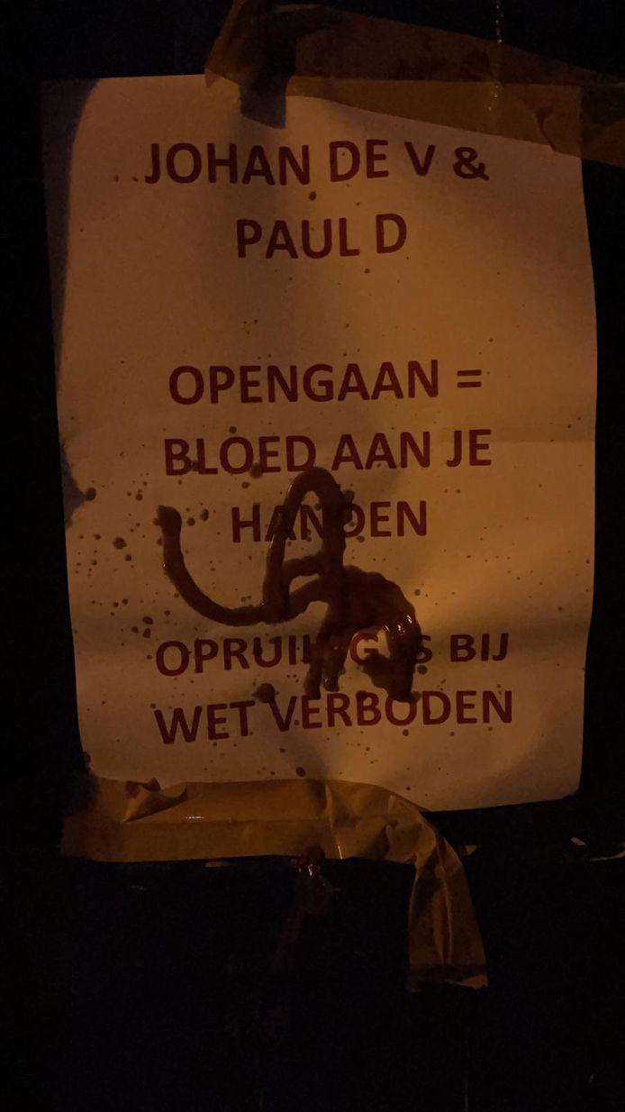 Terras Boerke Verschuren besmeurd in Breda.