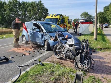 Motorbegeleider Veenendaal-Veenendaal Classic raakt zwaargewond in Rhenen