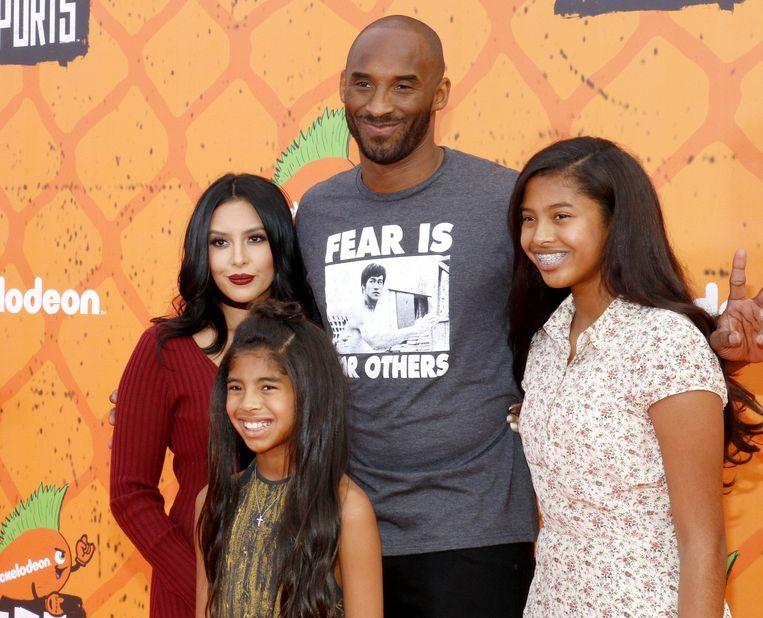 Kobe Bryant, zijn vrouw Vanessa en dochters Gianna en Natalia.