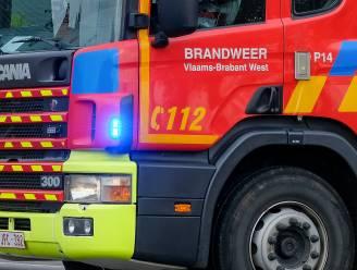 Grote rookpluim boven Strombeek: brandweer vraagt ramen en deuren gesloten te houden