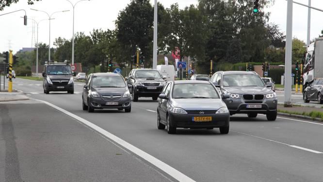 Links afslaan van R4 naar Hoogstraat binnenkort onmogelijk: werken starten donderdag