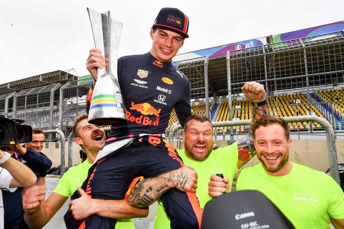 Max Verstappen won de Grand Prix van Brazilië