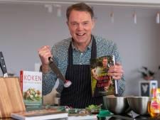 Bijbels koken met kookdominee in Wezep: 'Religie en samen koken en eten, dat zijn twee handen op één buik'
