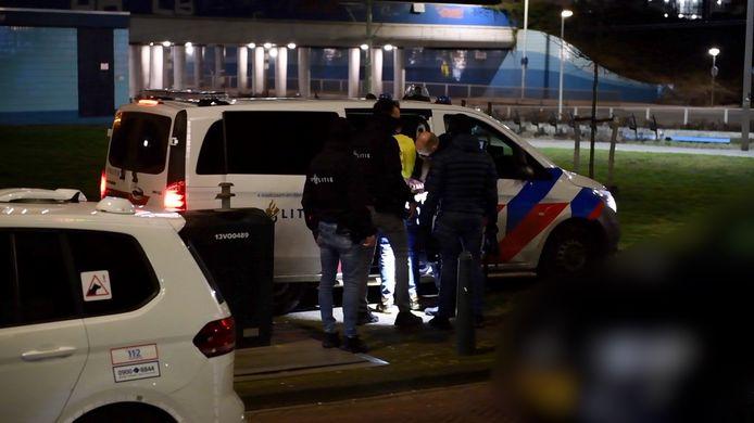 In de Hildebrandstraat werd in de nacht van zaterdag op zondag een persoon opgepakt.