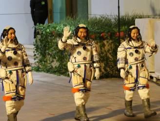 Chinese taikonauten aangekomen in ruimtestation