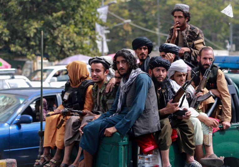 Taliban op patrouille in Kabul. Beeld EPA