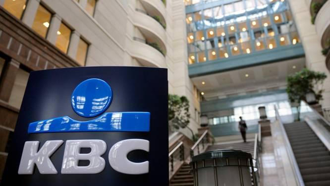 """""""KBC versluisde 'cijfer met twaalf nullen' naar belastingparadijzen"""""""