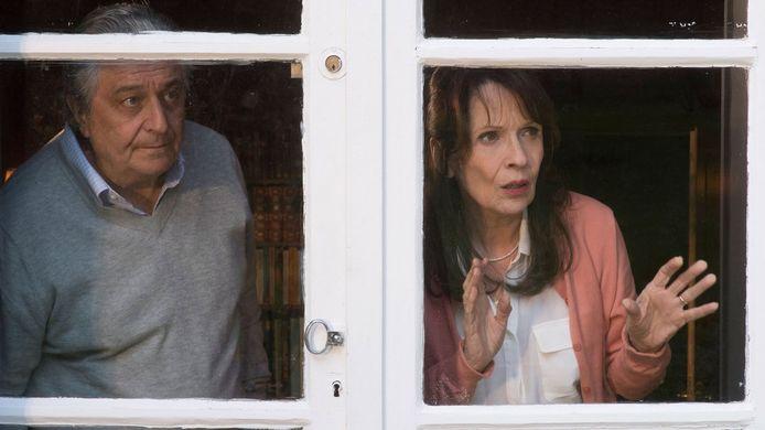 """Christian Clavier et Chantal Lauby, le couple """"vieille France"""" de """"Qu'est-ce qu'on a fait au bon Dieu""""."""