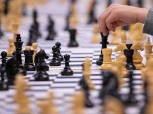 Nain jaune, jeu d'échecs ou Backgammon… Et si on revoyait nos classiques?