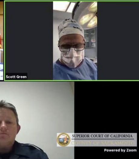 Chirurg voert videogesprek met rechtbank tijdens operatie