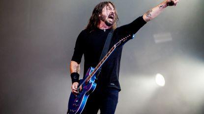 """Ook Dave Grohl raakt stem kwijt: """"Laatste keer dat ik flikflooi met Bono"""""""