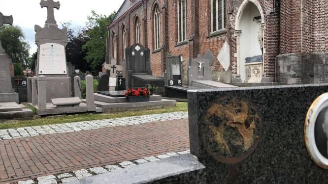 """Belgische driekleur ontvreemd op graven Bellemse oorlogsslachtoffers: """"Dit doe je echt niet!"""""""