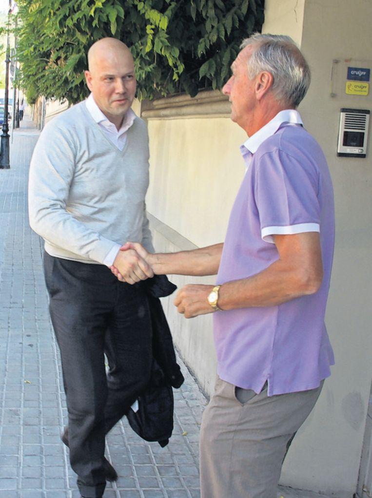 Ajax-voorzitter Steven ten Have en Cruijff. © EDWIN WINKELS Beeld