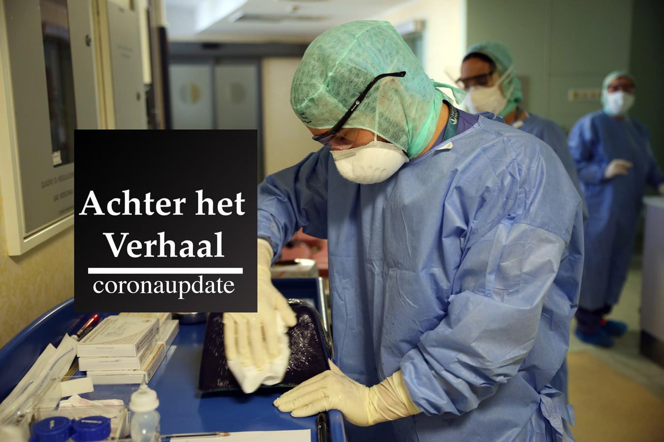 MILAAN - Een arts op een intensive care in Milaan.