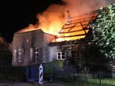Forse uitslaande woningbrand in Lietingstraat in Haren