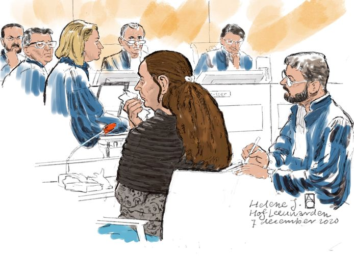 Rechtbanktekening van verdachte Helene J. voor het Gerechtshof van Leeuwarden.