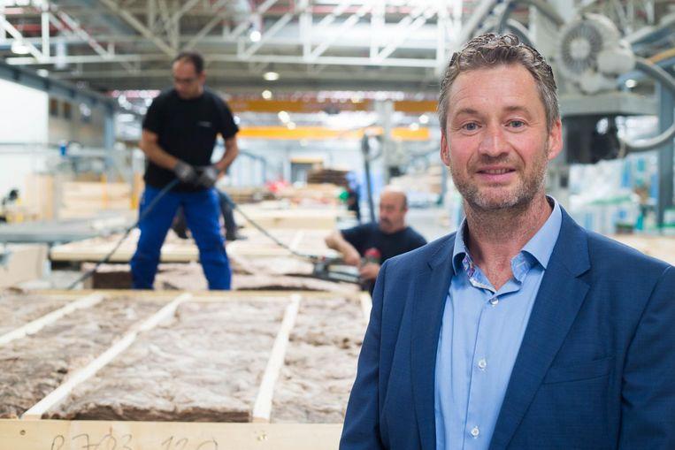 CEO Filip Vercauteren in het atelier van Machiels Building Solutions.