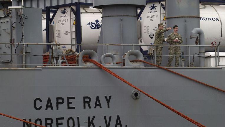 Het Amerikaanse schip Cape Ray in de haven van het Spaanse Rota. Het schip moet helpen met het verwijderen van de chemische wapenvoorraad van Syrië. Beeld ap