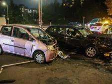 Flinke ravage na botsing auto's in Rotterdam-Zuid
