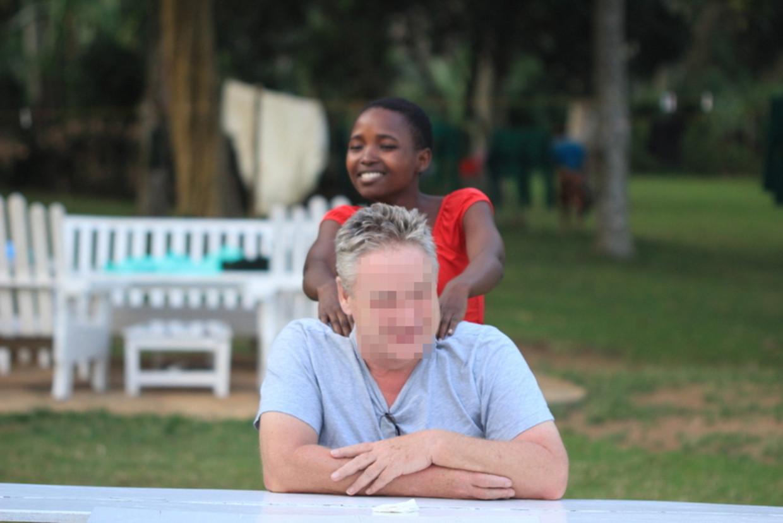 Bernhard G. op zijn domein in Oeganda Beeld RV