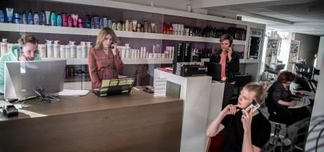 Platgebeld en klaar voor de schaar: kappers in Maas en Waal staan in de startblokken en bedienen eerst de vaste klanten