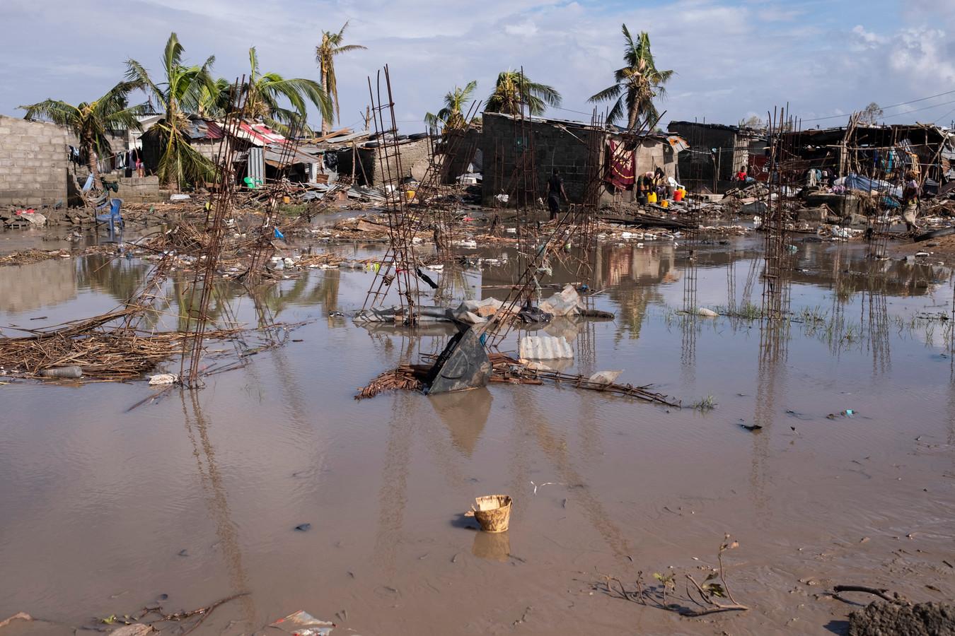 Een vrijwel volledig verwoeste wijk in Beira, de  vierde grootste stad van Mozambique.