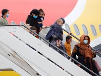 """België evacueerde voorbije dagen bijna 500 kinderen, """"Nog zeker 55 mensen achtergebleven in Afghanistan"""""""