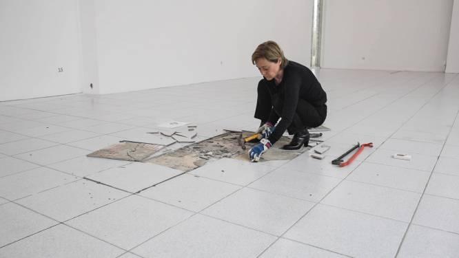 In Museum Dhondt-Dhaenens is de vloer een kunstwerk en iedereen kan een stukje kopen